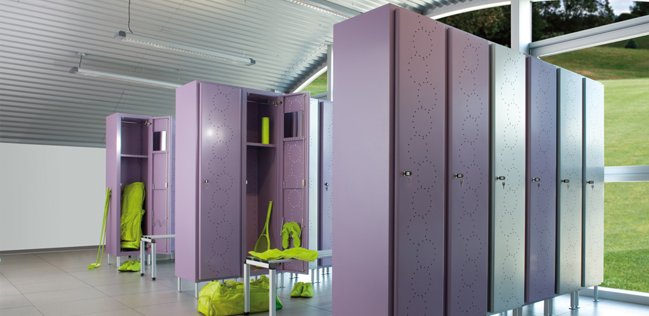 Armadio spogliatoio design serie arko personalizzabile for Armadietti metallo
