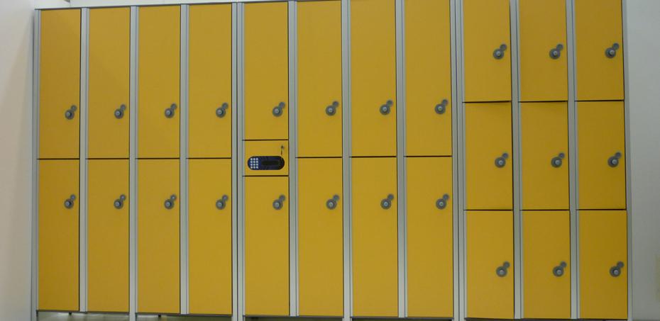 Armadietti Da Spogliatoio A Torino.Armadietti Spogliatoio In Laminato Stratificato Hpl E Alluminio